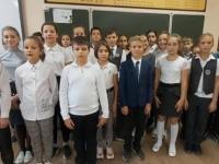"""Видео поздравления для своих учителей от учеников МБОУ """"СОШ № 18"""" г.Симферополя"""